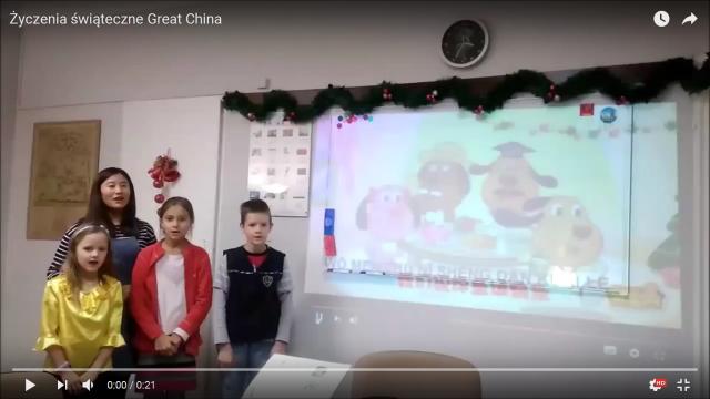 Życzenia świąteczne wyśpiewane przez uczniów