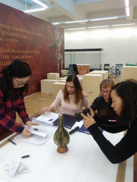Udział w organizacji Międzynarodowej Wystawy Chińskiej Ceramiki w Lublinie – galeria zdjęć